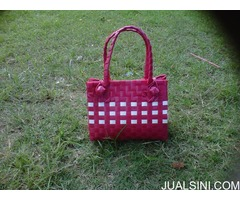 tas shouvenir & fashion anyaman plastik