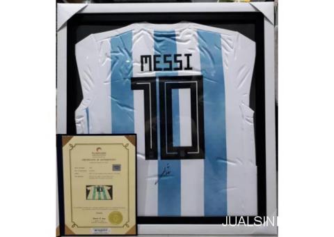 Jersey Lionel Messi Argentina No 10 Tanda Tangan Messi Bersertifikat