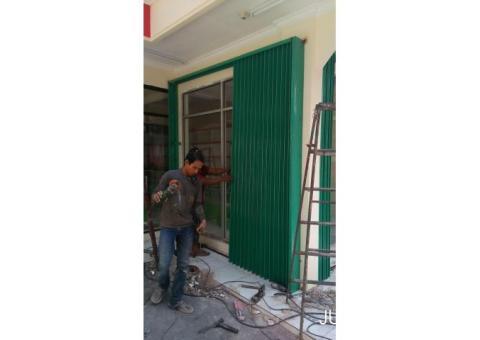 SERVICE ROLLING DOOR DURI KOSAMBI 089643935690 RAWABUAYA