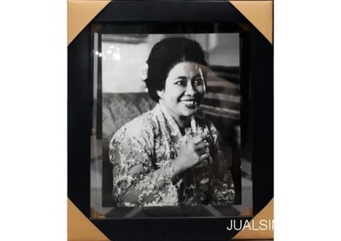 Foto Jadul Ibu Fatmawati Soekarno Tahun 1967 Kolektor Item FWT001
