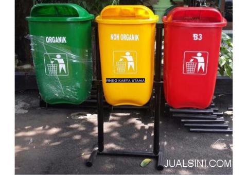 Tempat Sampah Gandeng Bahan Fiberglass Harga Murah