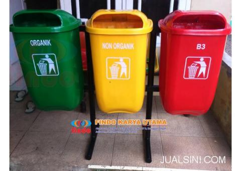 Pusat Tempat Sampah Gandeng Fiberglass 001