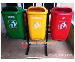 Pusat Tempat Sampah Gandeng Fiberglass Tiga Pilah