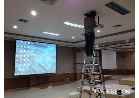 jasa instalasi pemasangan screen proyektor