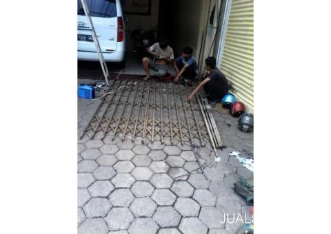 Tukang servis rolling door kebon jeruk palmerah 081585195255