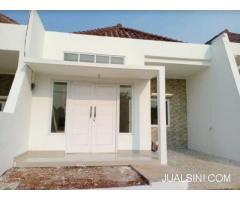 RUMAH Dijual Rumah Jakarta Timur