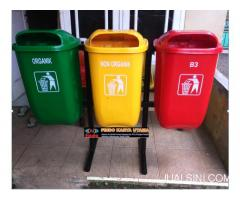 Tong Sampah Outdor Gandeng Tiga Warna Model Oval