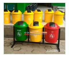 Tong Sampah Oval Outdor Tiga Warna 003